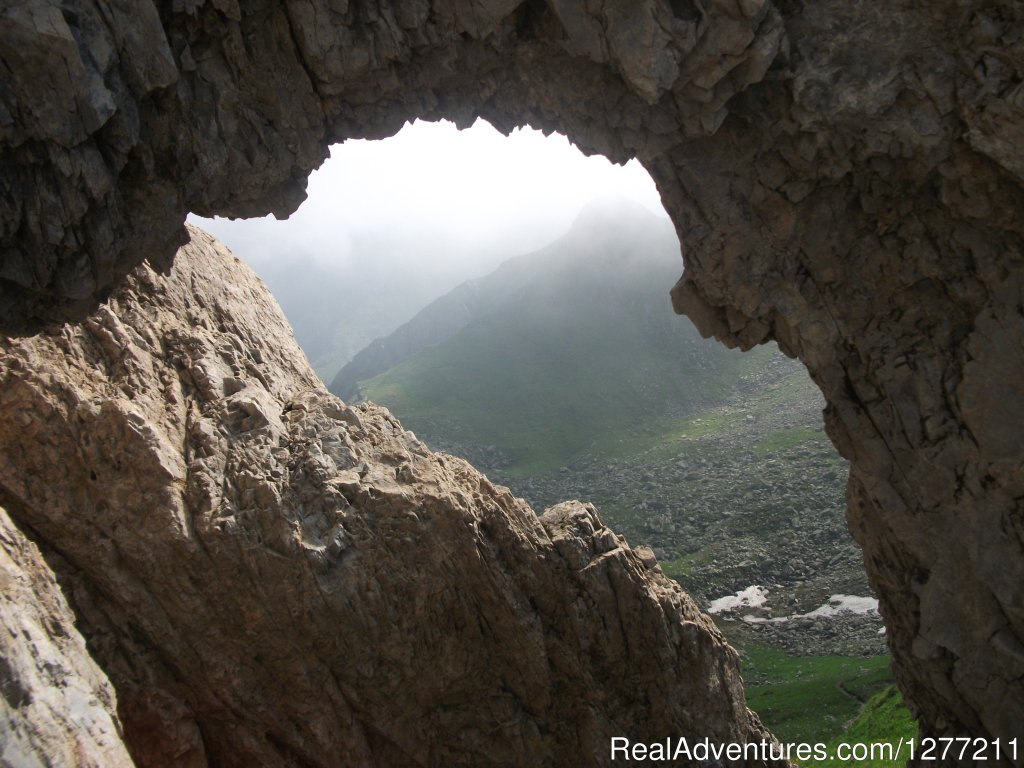Dragon's window | Image #5/8 | Fagaras Mountains
