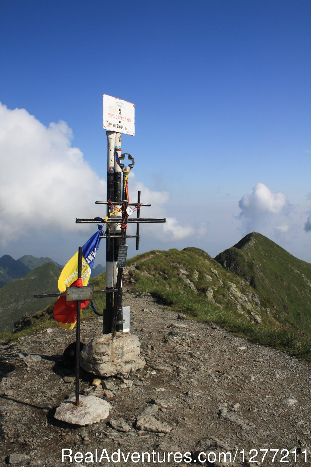 Moldoveanu peak | Image #6/8 | Fagaras Mountains