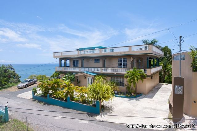 Rincon Vacation Rentals Puerto Rico: Rincon Vacation Rentals Puerto Rico front of the house