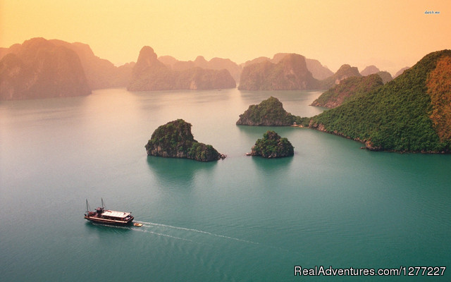 Halong Bay Cruises: