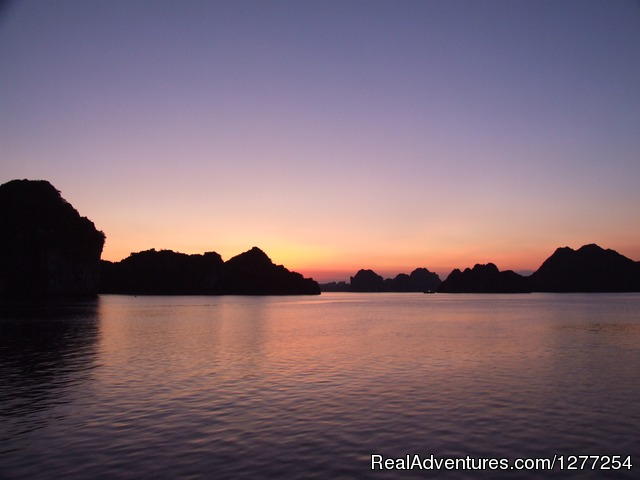 Discover beauty of North Vietnam: Discover beauty of Halong Bay, Vietnam