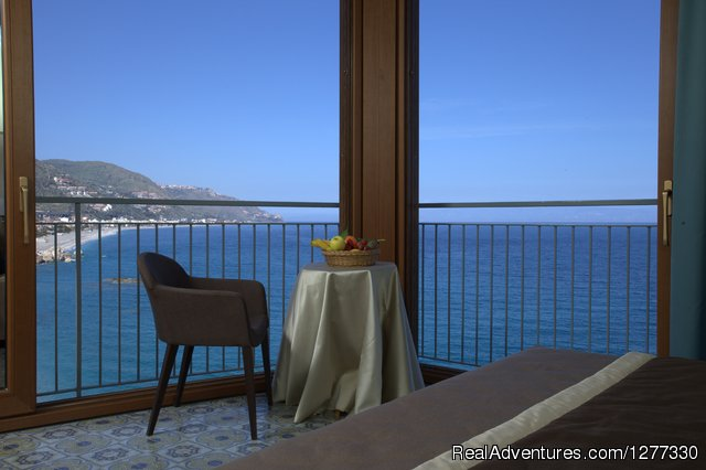 Borromeo Resort- your intimate holiday in Taormina