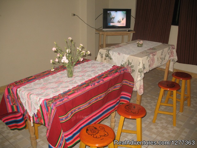 Breakfast area - City Centre Hostel Huaraz