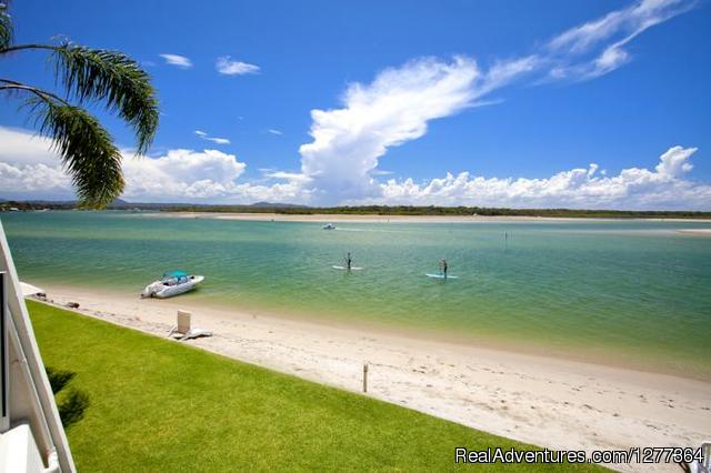 - Noosa Harbour Resort