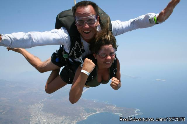 Experience the thrill of Skydiving In Florida Florida Tandem Skydiving