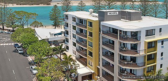 If you are planning to go for vacation then Caloundra is perfect place to enjoy your holiday on place with tropical climate, beautiful beaches. This place has a no best Caloundra holiday accommodation and Belaire Place is one of them which provides s