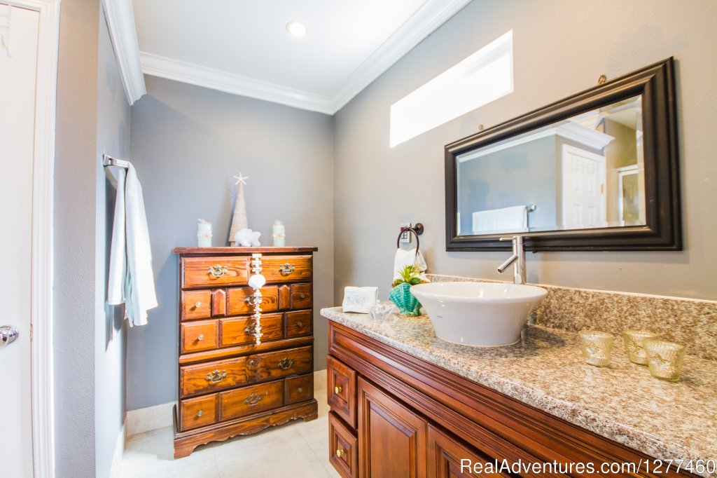 Batroom 3 | Image #12/25 | Vacation House 5 min. from Disney Land