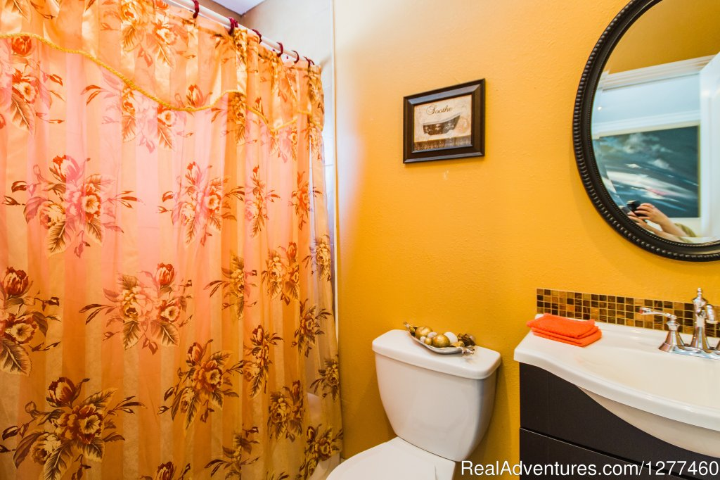 Batroom 4 | Image #20/25 | Vacation House 5 min. from Disney Land
