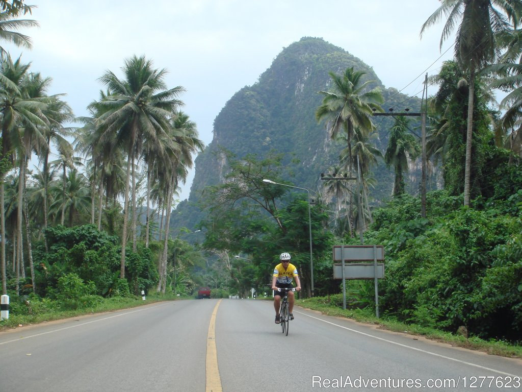 Unique bicycle and mutlisport tours in Southeast Asia, the Himalayas, Hawaii, Alaska and Africa. Fully supported inn to inn trips featuring regional cuisine, expert local guides, boutique lodges and dramatic routes.