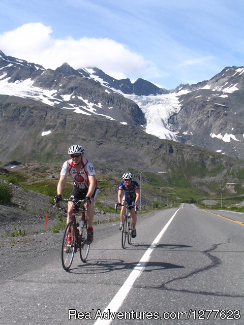 Thompson Pass (Alaska) - Pedalers Pub and Grille