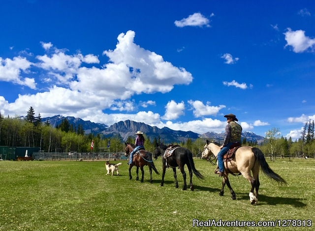 Cowley's Rafter Six Ranch-Trail Riding Specialists
