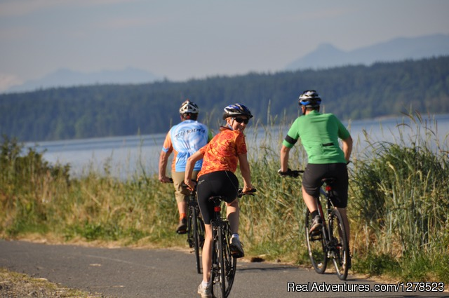 Island Joy Rides: Ride Vancouver Island: 6 Day Cycling Tour from Victoria