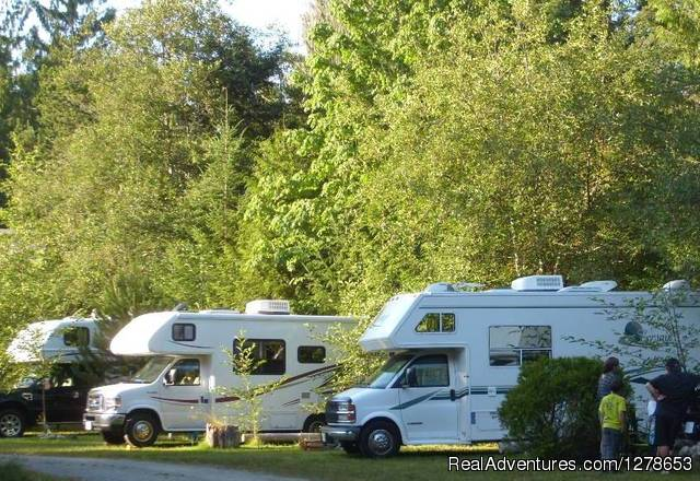Spacious RV sites - SunLund By-The-Sea RV Campground & Cabins