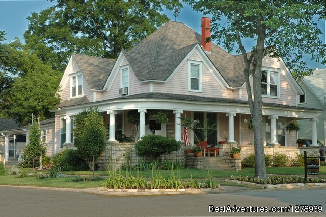 Janssen Park Place Bed & Breakfast