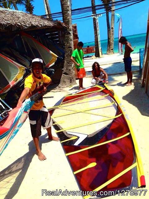 Rigging of 2014 Severne Sails - Windsurfing in Asia - Reef Riders Philippines