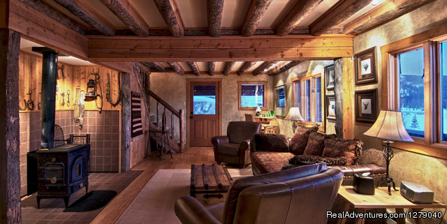 Luxury log cabin accommodations - Vista Verde Guest Ranch