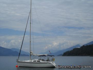 Hunter 30 - Kootenay Lake Sailing Charters Canada