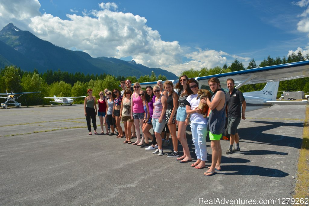 Many happy people | Image #2/4 | Industry leading flightseeing with Sea To Sky Air