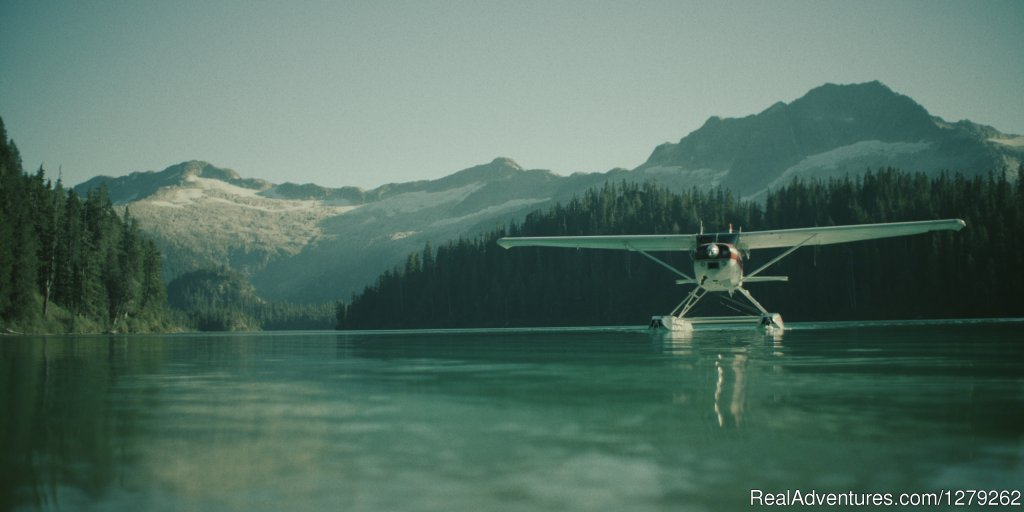 Phantom Lake Experience | Image #3/4 | Industry leading flightseeing with Sea To Sky Air
