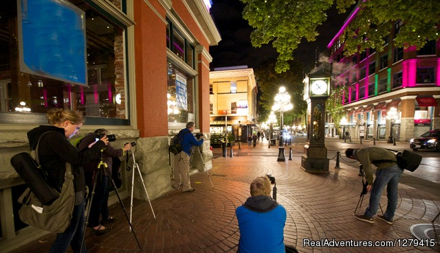 Gastown Night Photowalk - Vancouver Photowalks