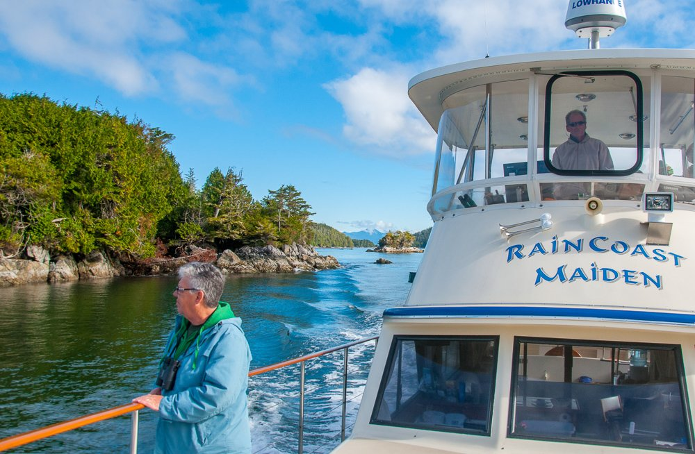 Step aboard our spacious 53 foot yacht for a tour unlike any other to enjoy whales, wildlife & spectacular scenery. Broken Group Islands Wildlife Cruise with gourmet lunch, Evening Wildlife Cruises & Private Charters.