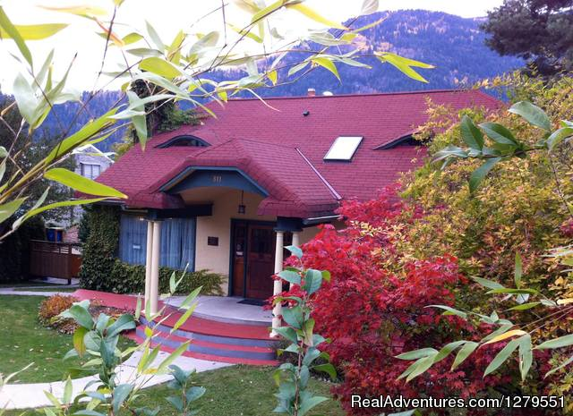 Mistiso's Place Guest House Nelson, British Columbia Vacation Rentals