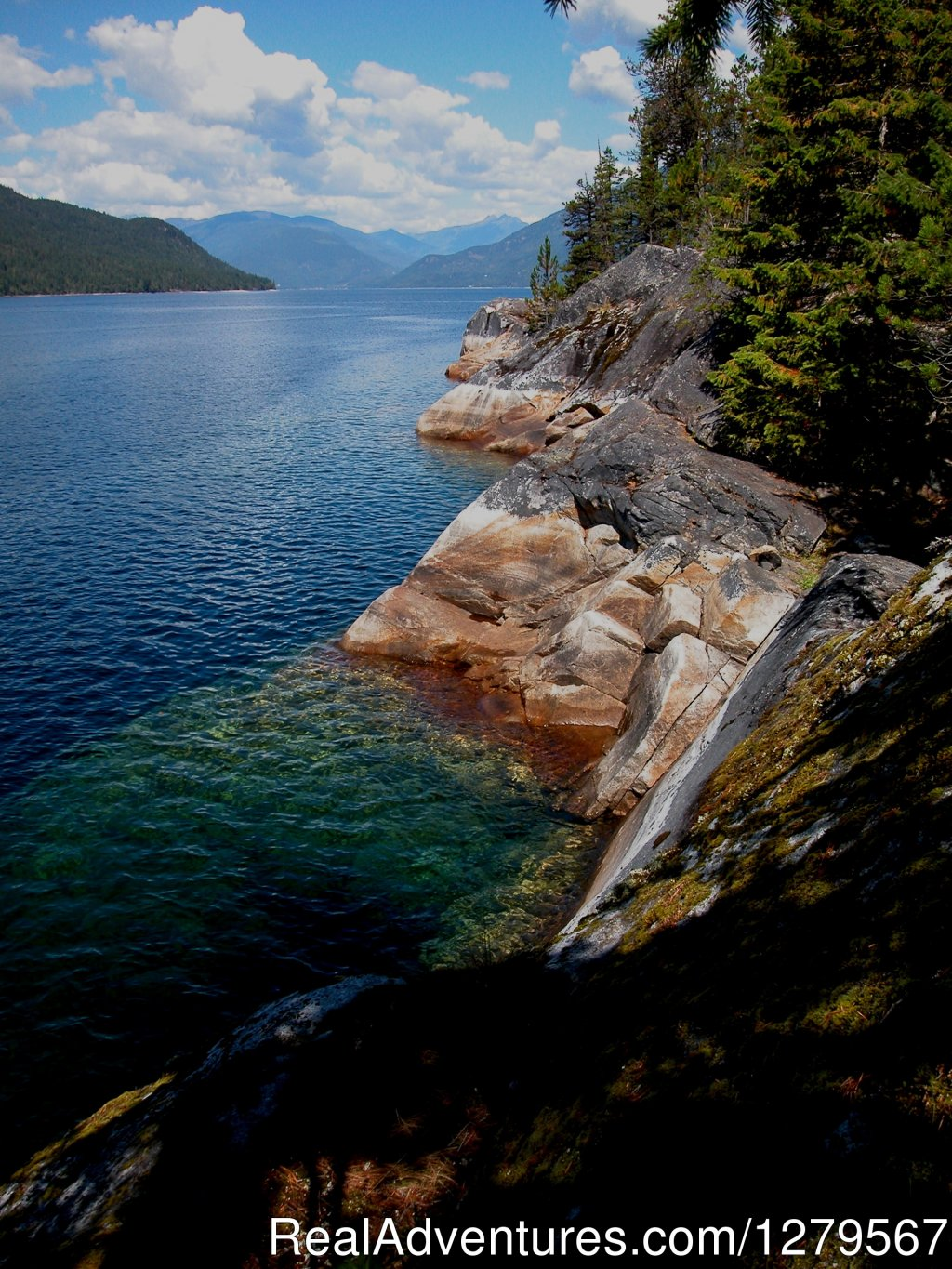 Banock point Slocan lake | Image #9/12 | Blue Sky Resort log-cottages , lake view