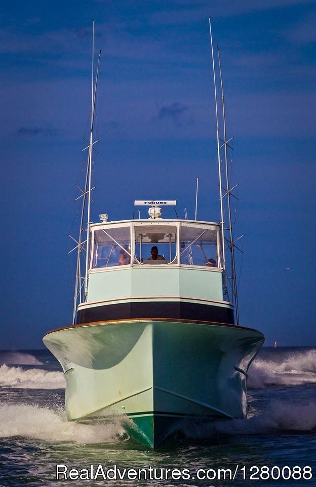 Sea Note is a 55 foot custom Carolina with AC/ Heat; fishing out the Oregon Inlet Fishing Center for Marlin, Tuna and Mahi mahi. Family groups to the seasoned tournament angler are accommodated by the crew with over 25 years of fishing expertise.