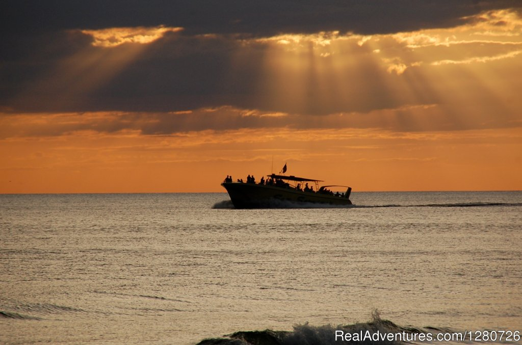 Sunsets are Awesome | Image #3/6 | Sea Screamer