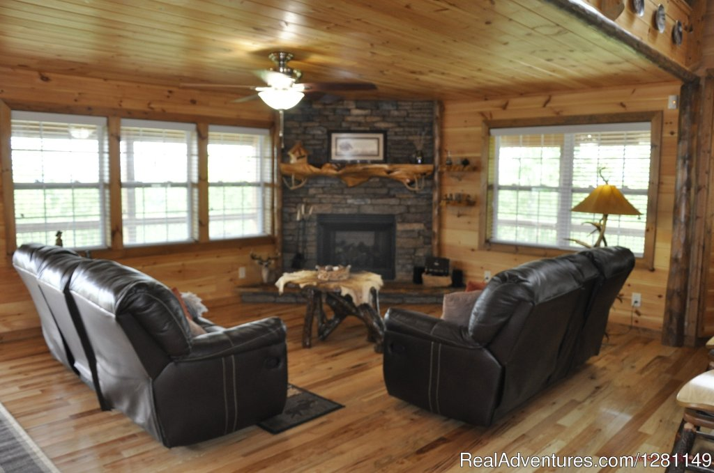 Blue View Mountain Vacation Cabin Rental Murphy, NC | Image #3/7 | Luxury Dog-Friendly Cabins w/ Fence-In & Hot-Tub