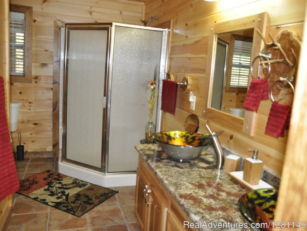 Blue View Mountain Vacation Cabin Rental Murphy, NC | Image #6/7 | Luxury Dog-Friendly Cabins w/ Fence-In & Hot-Tub