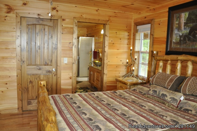 Luxury Pet Friendly Cabins w/ Fence