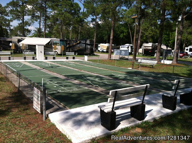 Orlando 39 s winter garden rv resort winter garden florida campgrounds rv parks realadventures for Camping world winter garden fl