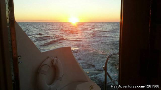 No 2 sunsets are ever the same - Florida Yachts Charter