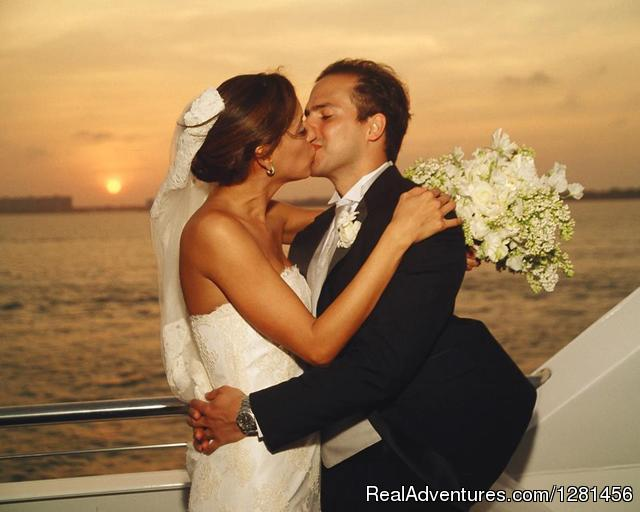 Destination Wedding - Luxe Yacht Charters