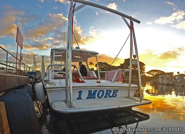 The '1 More' Dive Boat at the dock - H20 Adventures Hawaii Shark Cage Tours & Diving