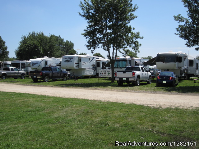 Walnut Acres Campground Campgrounds & RV Parks Monticello, Iowa