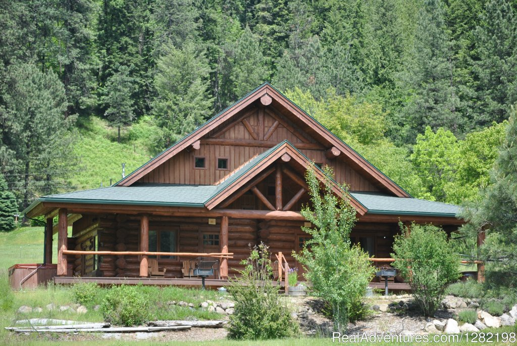 Three Bedroom Duplex Cabins at River Dance Lodge | Image #14/20 | River Dance Lodge