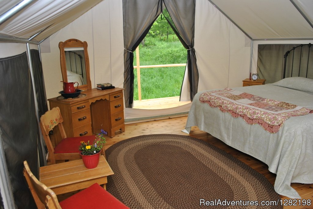 Glamping Interior | Image #6/20 | River Dance Lodge