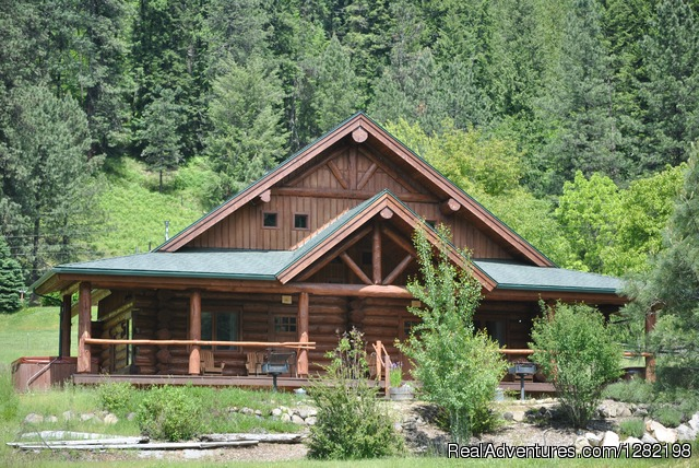 Three Bedroom Duplex Cabins at River Dance Lodge