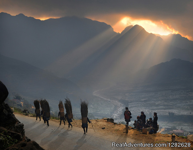 Sapa hiking & homestay - Leaving crowded town Hiking & Trekking Hanoi, Viet Nam