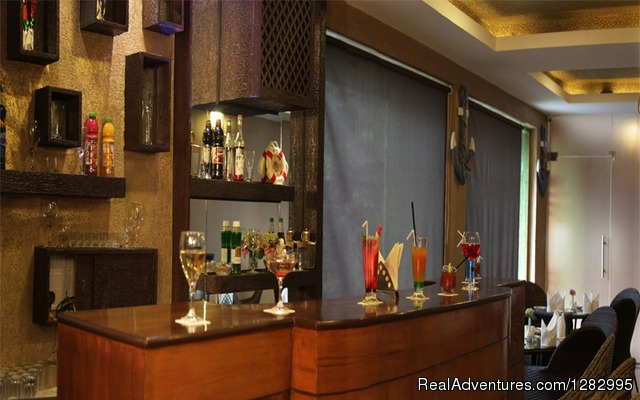 Bar - Aamari Resorts