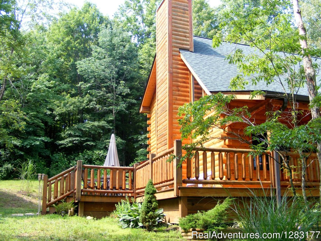 Decks surround this secluded log home | Image #13/26 | Adventurewood Log Cabin HotTub/Fireplace/PoolTable