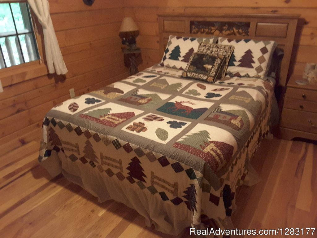Back Queen Guest Room with Adjoining Bath | Image #6/26 | Adventurewood Log Cabin HotTub/Fireplace/PoolTable