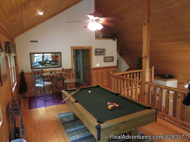 Adventurewood Log Cabin Hottub Fireplace Pooltable