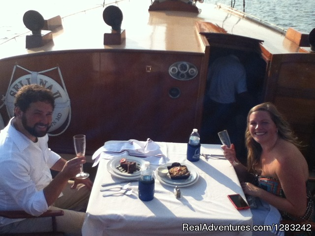 Sail Selina II romantic table for two