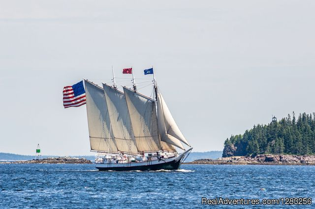 Schooner Victory Chimes at Full Sail - The Maine Windjammer Association