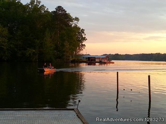 Hidden Treasure RV boating guest - Hidden Treasure RV Resort