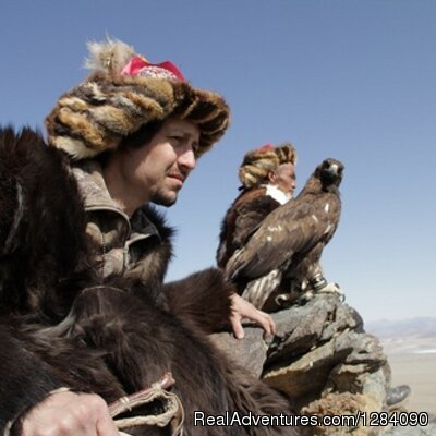 Mongolian Falconry - Ultimate Outdoors Guide Service