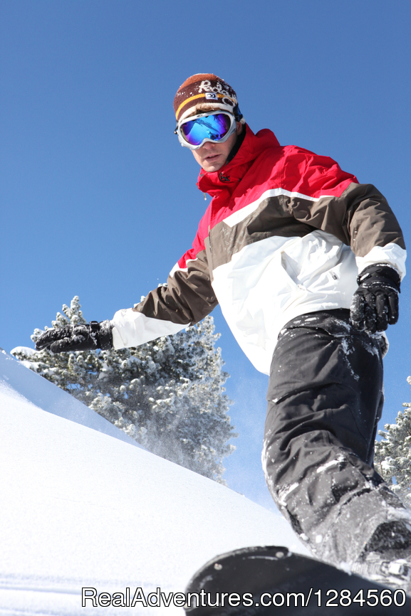 Lone snowboarder | Image #7/7 | Single Ski Hub: Skiing and Snowboarding vacations